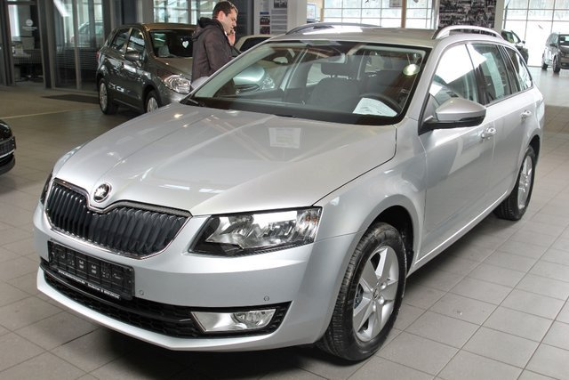 skoda octavia combi brillantsilber metallic gebraucht. Black Bedroom Furniture Sets. Home Design Ideas