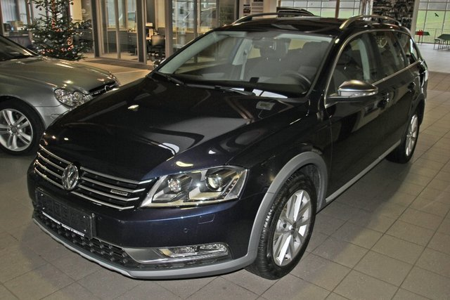 vw passat alltrack nightblue metallic gebraucht. Black Bedroom Furniture Sets. Home Design Ideas