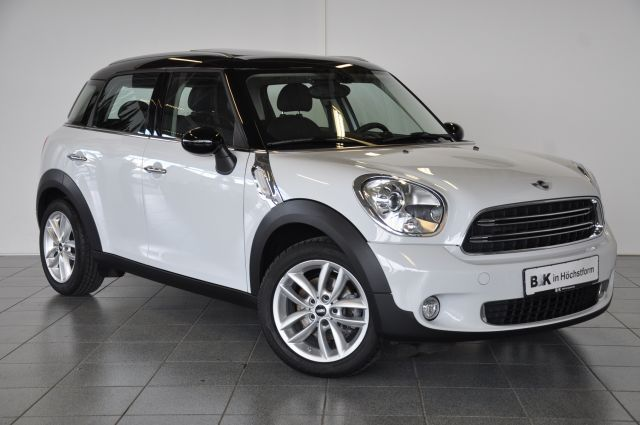 mini cooper countryman 2015. Black Bedroom Furniture Sets. Home Design Ideas
