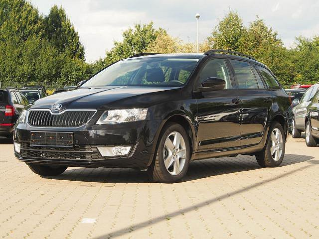 skoda octavia combi black magic perleffekt. Black Bedroom Furniture Sets. Home Design Ideas