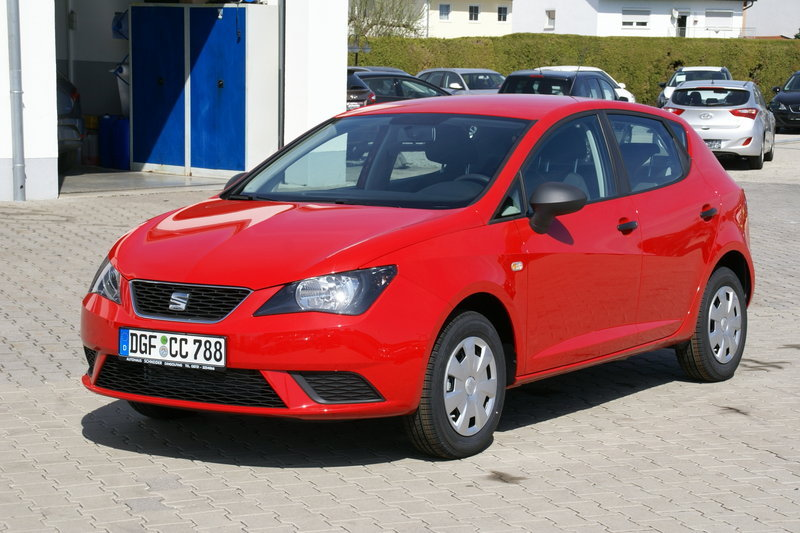seat ibiza bis 11000 euro. Black Bedroom Furniture Sets. Home Design Ideas