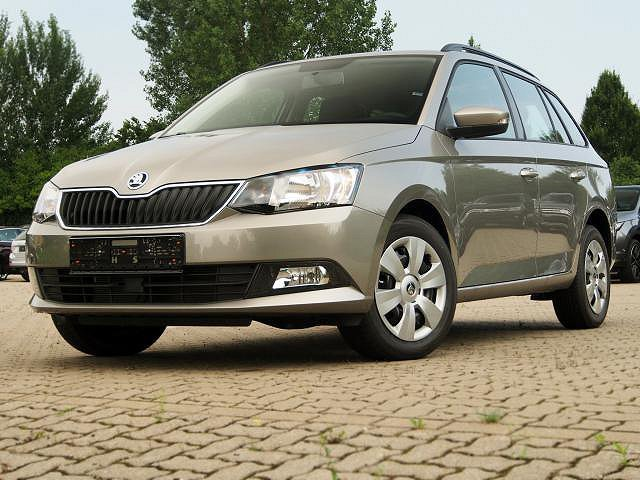 skoda fabia combi rallye gr n metallic kombi meqam. Black Bedroom Furniture Sets. Home Design Ideas