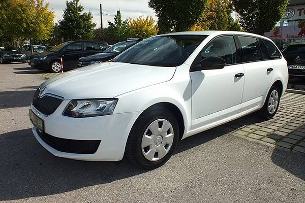 skoda octavia combi bis 14000 euro. Black Bedroom Furniture Sets. Home Design Ideas