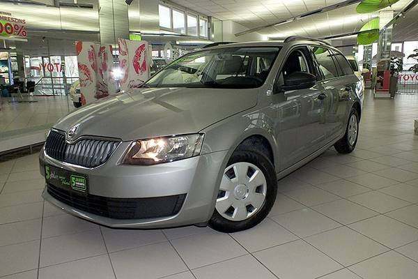 skoda octavia combi cappuccino beige metallic gebraucht. Black Bedroom Furniture Sets. Home Design Ideas