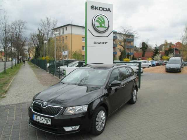 skoda octavia combi schwarz magic perleffekt gebraucht. Black Bedroom Furniture Sets. Home Design Ideas