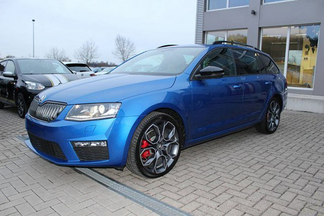 skoda octavia rs raceblau metallic. Black Bedroom Furniture Sets. Home Design Ideas