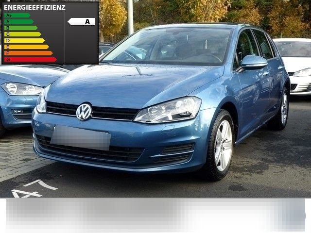 vw golf 7 variant pacific blue metallic gebraucht. Black Bedroom Furniture Sets. Home Design Ideas