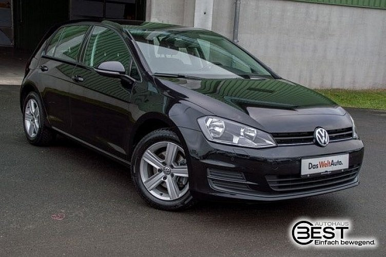 vw golf 7 deep black perleffekt gebraucht. Black Bedroom Furniture Sets. Home Design Ideas