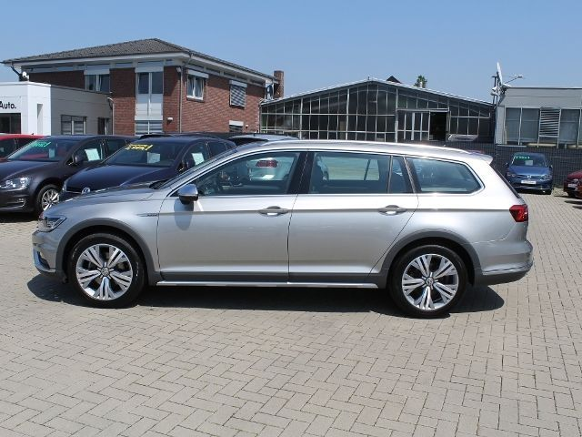 vw passat b8 alltrack. Black Bedroom Furniture Sets. Home Design Ideas